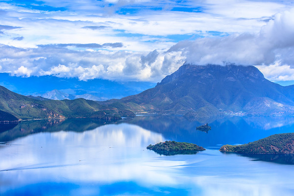 South of Rainbow Clouds, Lake Lugu, Yunnan, China