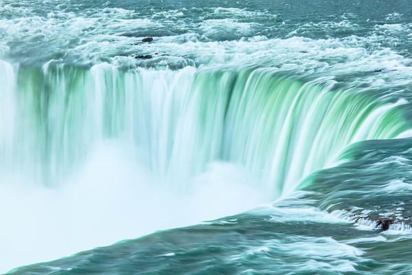 No limit to the power, Niagara Falls