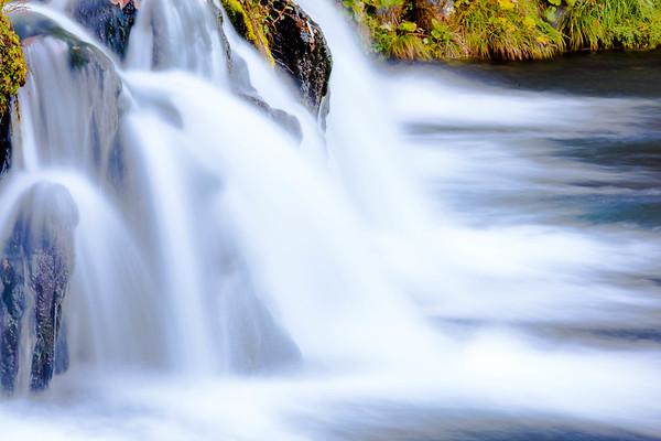 時間の流れ Time is like a flowing river