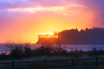 Sunset at Hobuck Beach in Washington