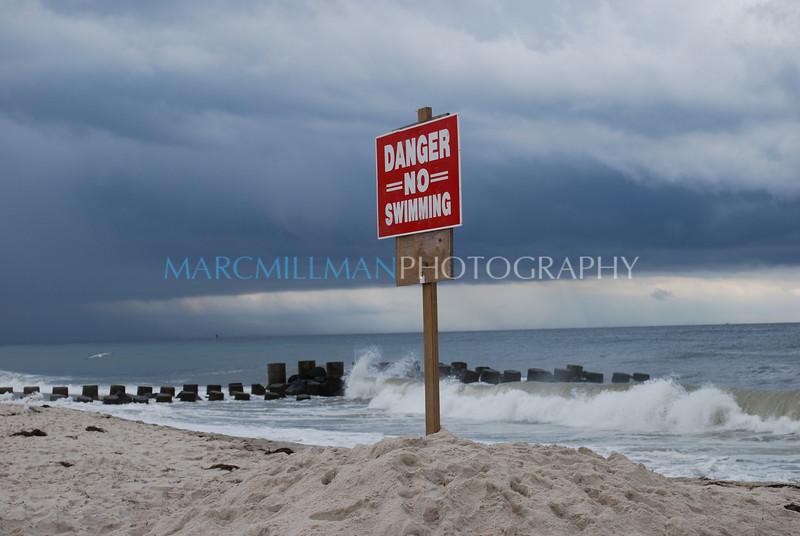Danger No Swimming (Mon 8 11 08)