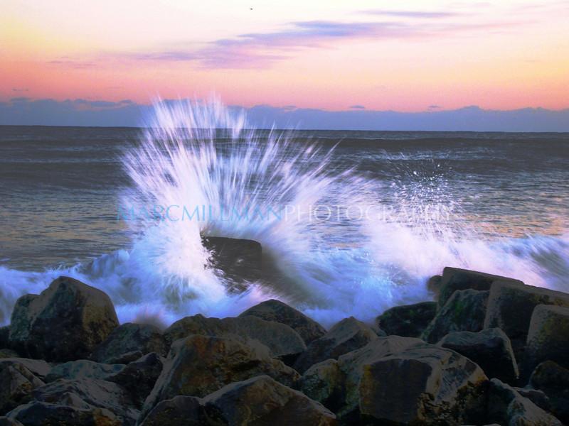 Jetty splash (Sat 11 10 07)- 3 of 3