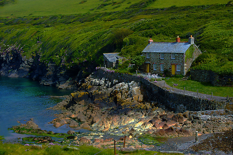 Key  Cottage -  Port  Quin - Cornwall