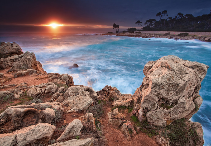 <b>Cap d'Antibes #11 (French Riviera)</b> <i>Canon EOS 5D Mark II + Canon EF 17-40mm f/4L USM</i>