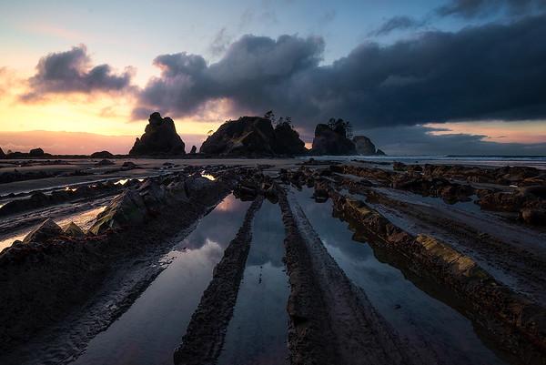 Low tide at Shi Shi Beach - Washington