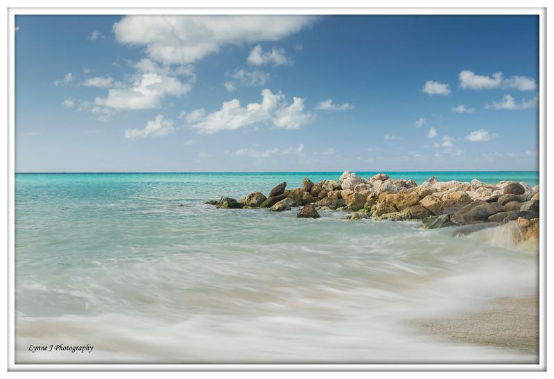 Caribbean Waves , Aruba