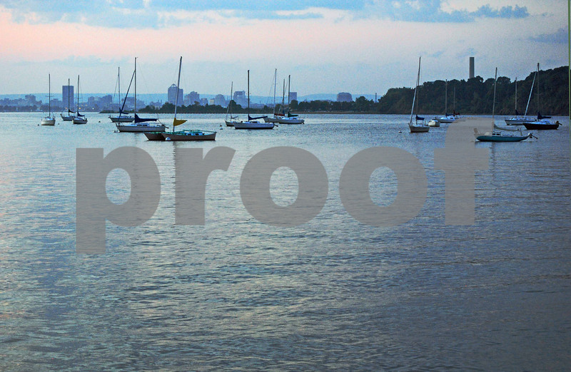 New Haven-Across Bay-EastHav 050-B