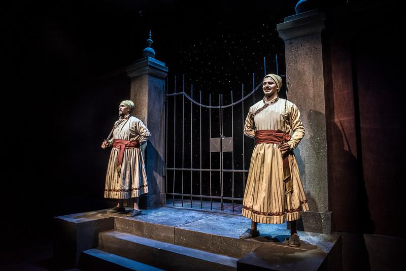 Sam Gilstrap and Jihad Milhem star in BETC's production of Guards at the Taj by Rajiv Joseph (photography: Michael Ensminger)