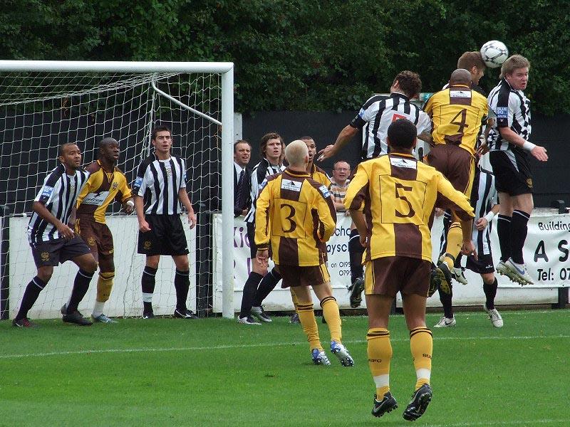<CENTER>City defend a corner as Sutton's John Scarborough threatens</CENTER>