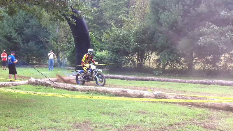 Kenda Tennessee Knockout - random rider leaves the starting line