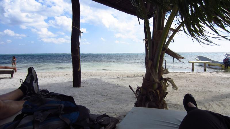 Cruise 2012: feet up at Costa Maya, MX