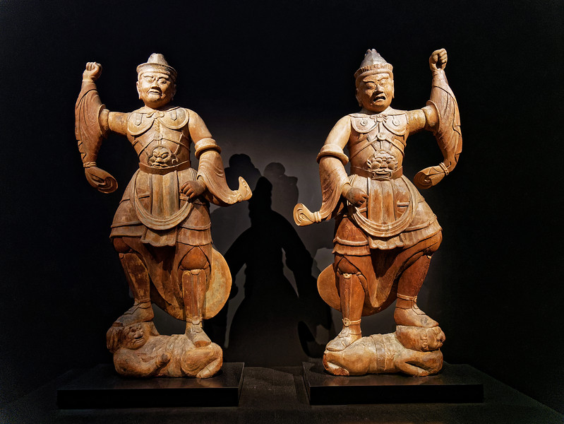 Two Heavenly Kings. Wood with polychromy. Heian period, dated 1147
