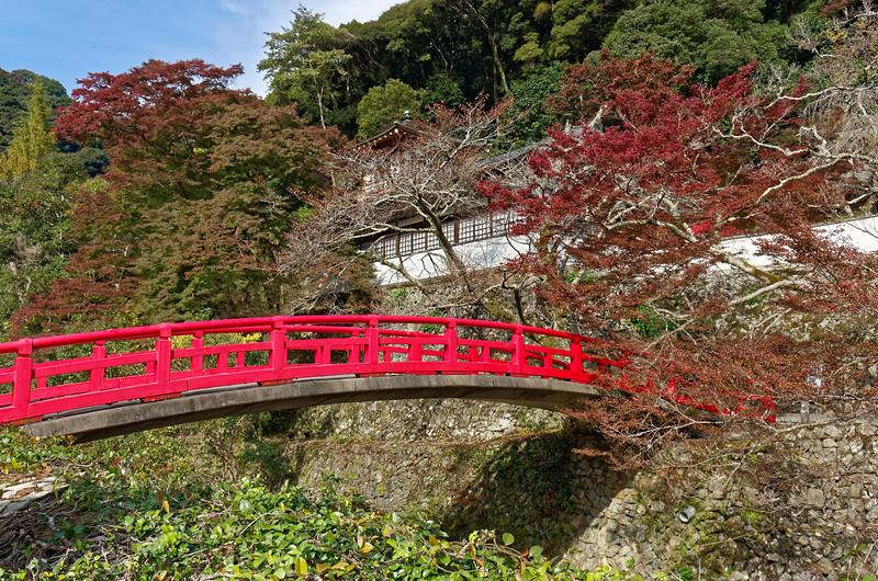 Ryuanji Temple and its bridge