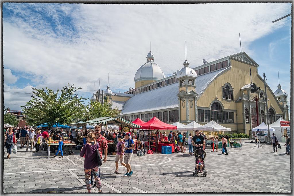 Farmer's Market at Lansdowne