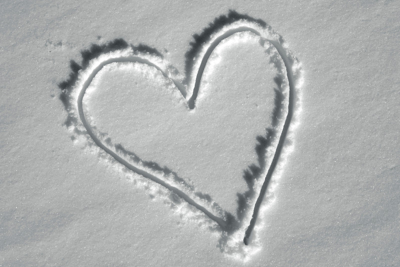 A simple heart in the snow.... I do love snow though ;)