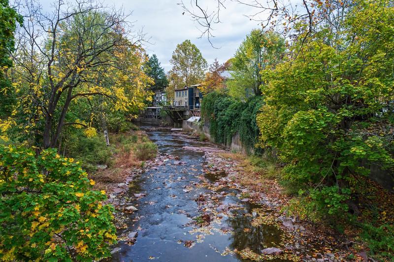 Nishisakwick Creek