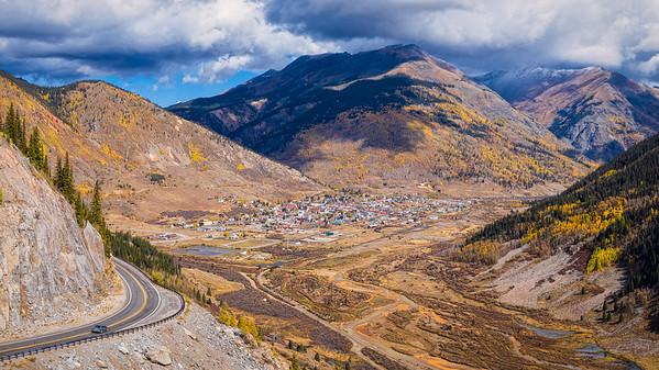 Turn Toward the Mountain Town