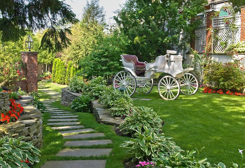 GardenCarriage