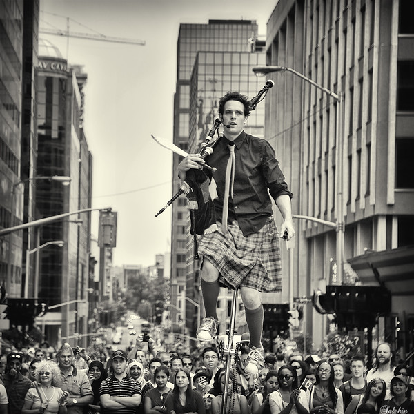One man show<br /> Canada day 2013 in Ottawa.