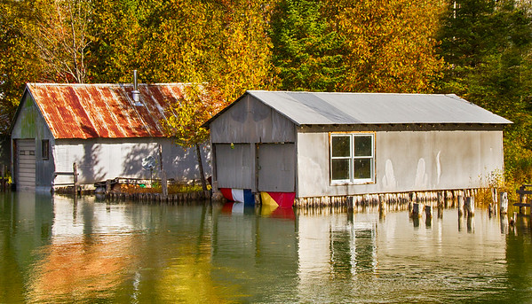 Crooked River Boathouse