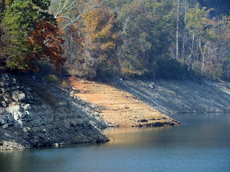2016-Fall Colors- Rocks and Waters-3