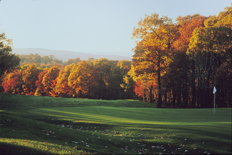Fall 9th green - Devil's Knob Golf Course