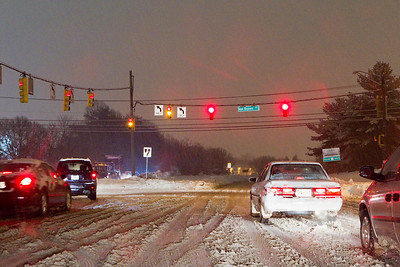 Intersection of 198 and Van Dusen Road in Laurel, Md. Surprisingly, there were many cars on the road. All kept a good distance from each other.