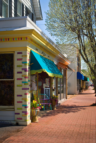 A colorful store front in Spring along Main St. in Spring Lake, New Jersey.
