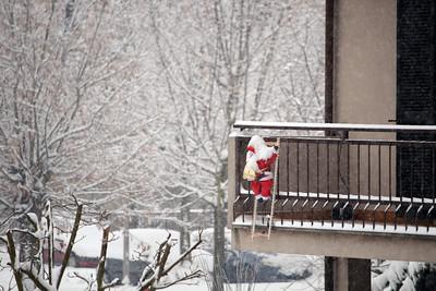 Santa Claus Climbing - Babbo Natale si arrampica