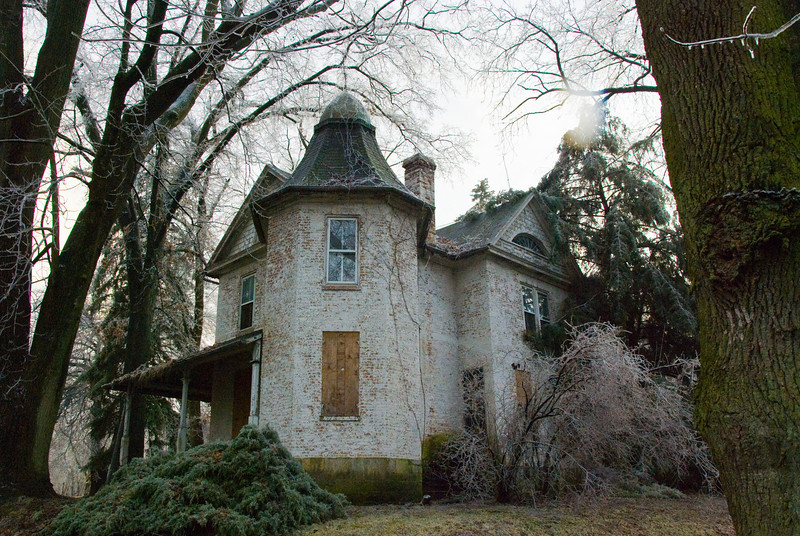 Old house, mansion, sitting on the lands of the Scotland School for Veteran's Children in Scotland Pennsylvania, (the real Scotland PA, not the one depicted in the movie of the same name).  Appears like it's about to meet it's demise.