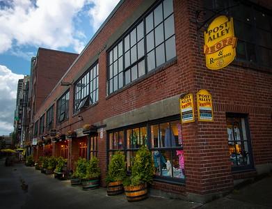Post Alley Shops adjacent Pike's Market