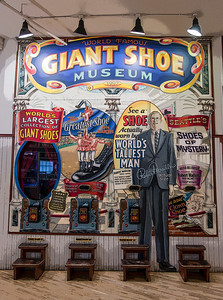 Giant Shoe store at Pike's