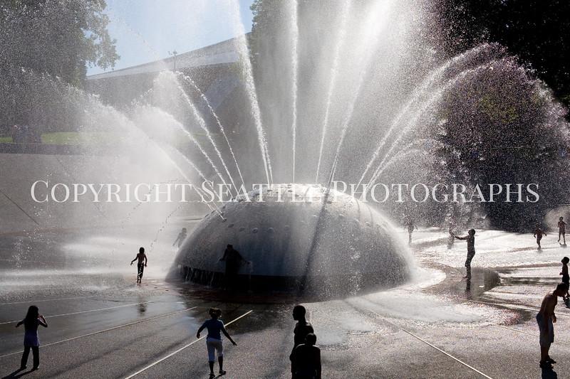 Seattle Center Fountain Spray 102