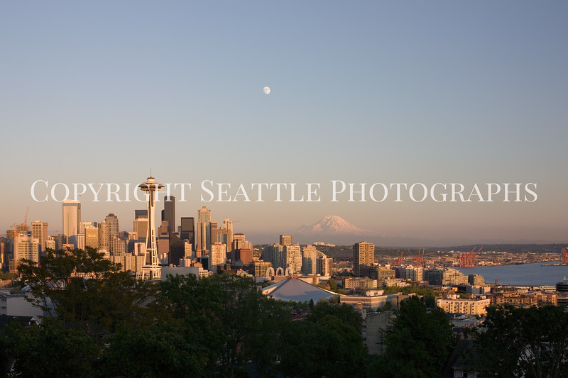 Downtown Seattle from Kerry Park 111