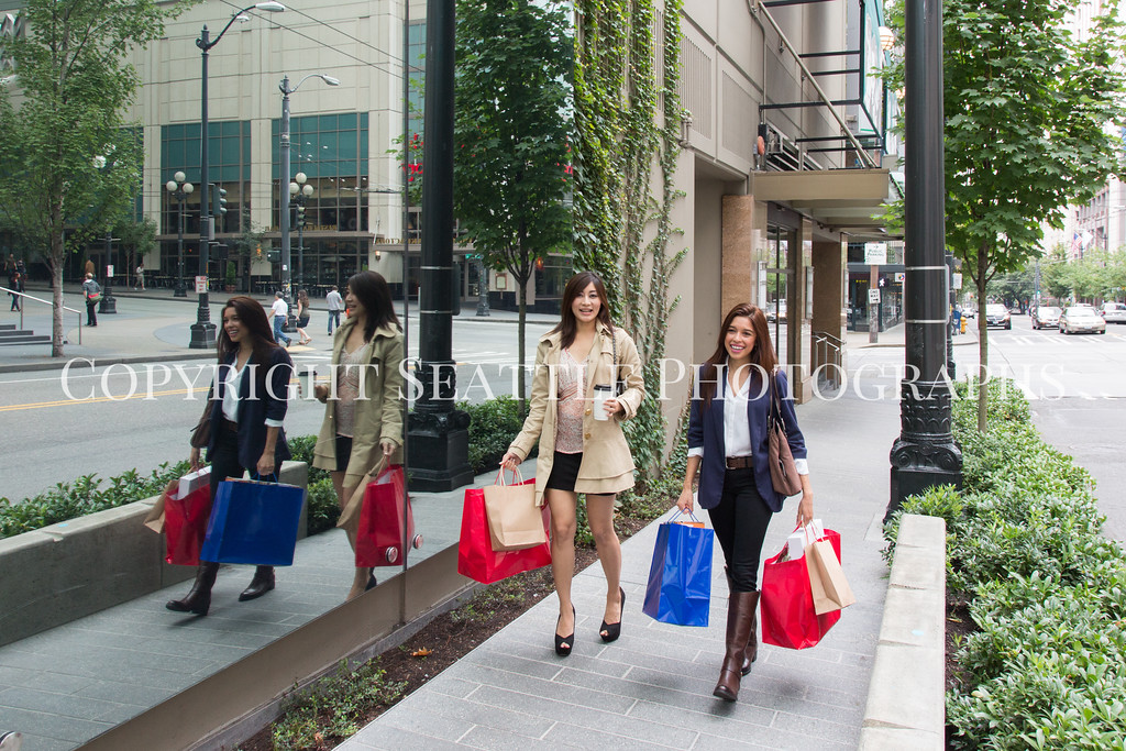 Downtown Shopping 140