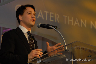"T.R. Knight gives an inspiring speech at the annual HRC gala.  2007 HRC Pacific Northwest Dinner at the Westin Hotel in Seattle featuring T.R. Knight, Jane Lynch, Ross ""The Intern"" Matthews, and HRC President Joe Salmonese.    Photo (c) 2007 Brian M. Westbrook / brianwestbrook.com."
