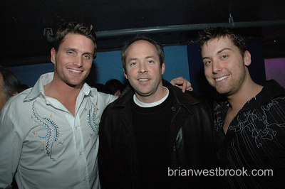 Reichen Lehmkuhl, George Foster (club owner) and Lance Bass pose at Sugar Seattle on November 10, 2006.