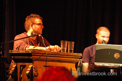 Spellers battle it out for a chance at the finals during the March Seattle Spelling Be prelims at Re-Bar in Seattle, WA.   For more info:
