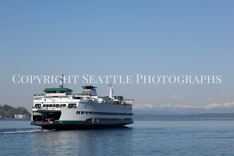 Ferry Boat from Coleman Dock 114