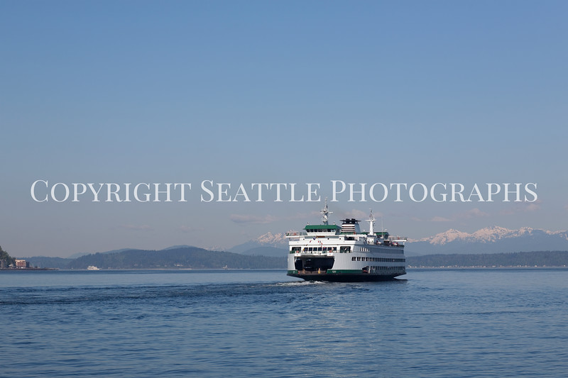 Ferry Boat from Coleman Dock 115