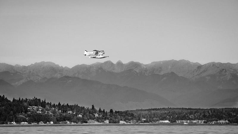 Sea plane over Puget Sound | Seattle, WA | August 2016