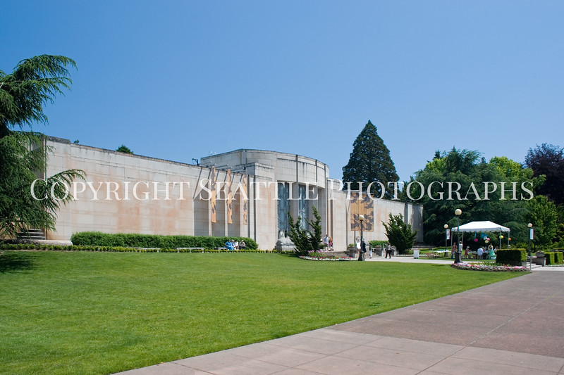 Volunteer Park Asian Art Museum 1