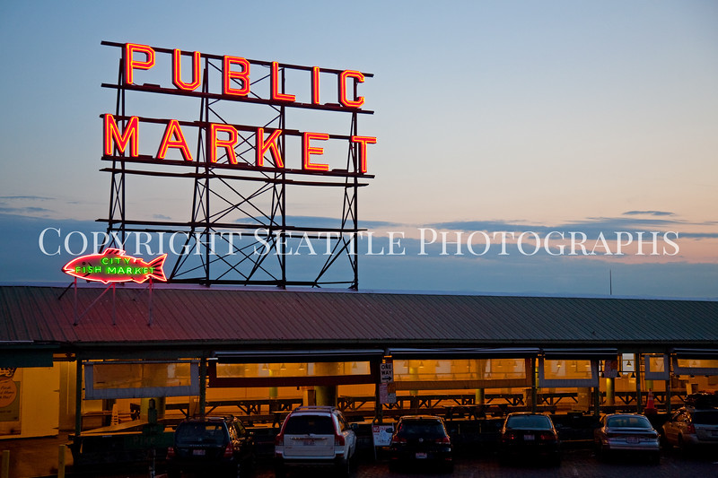 Pike Place Market Evening 114