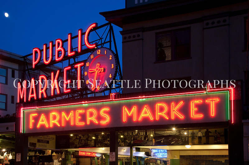 Pike Place Market Evening 120