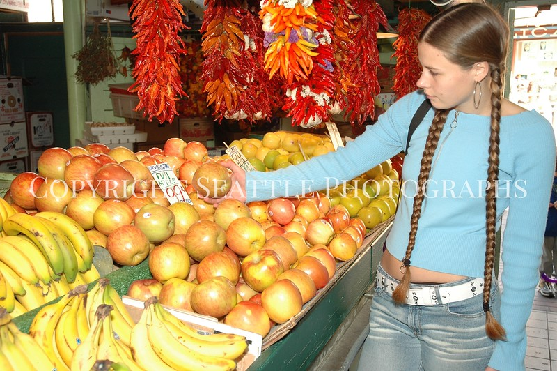 Pike Place Market Fruit 47