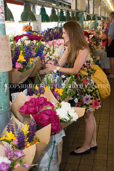 Pike Place Market Flowers 33