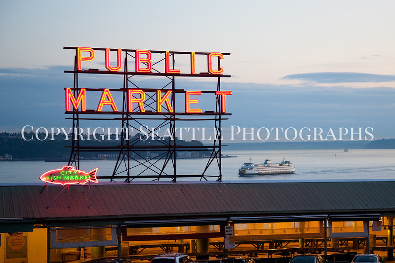 Pike Place Market Evening 113