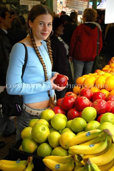 Pike Place Market Fruit 44
