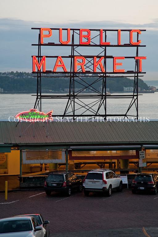 Pike Place Market Evening 107