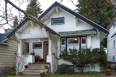 Gorgeous 1908 Wallingford Craftsman home retains its authentic period details and charm!